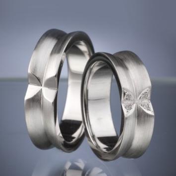 Platinum Wedding Rings with Diamond model nr. SN30