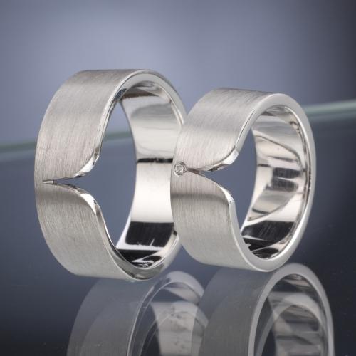 Platinum Wedding Rings model nr. SN44