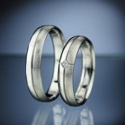 Platinum Wedding Rings with Diamond model nr. SN14