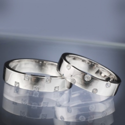 Platinum Wedding Rings with Diamond model nr. SN29