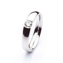 Platinum Ring with Diamond model nr. 0102