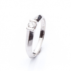 Platinum Engagement Ring with Diamond model nr. 0107