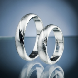 Wedding Rings with Diamond model nr. SN62