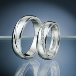 Wedding Rings with Diamonds model nr. SN69