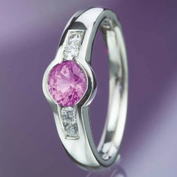 Platinum Ring with Pink Sapphire model nr. 0116