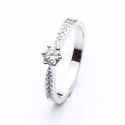 Platinum Engagement Ring with Diamond model nr. 0148