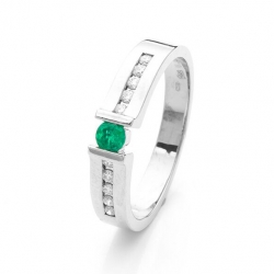 Ring with Emerald model nr. 0145