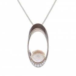 Necklace with faceted Pearl model nr. 0227