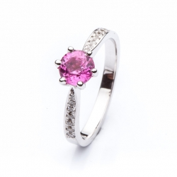 Ring with Pink sapphire model nr. 0148