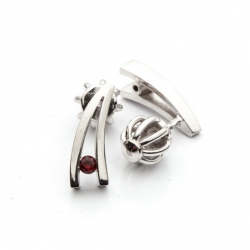 Czech Garnet Earrings model nr. 0012