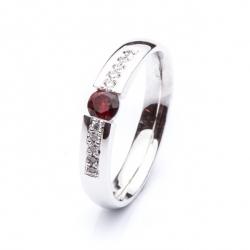 Ring with Bohemian Garnet model nr. 0102