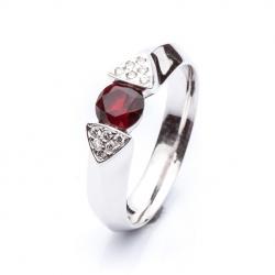 Ring with Bohemian Garnet model nr. 0124